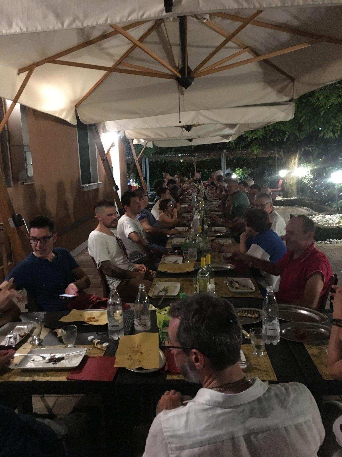 Fotografie alla cena del 27-06-2019